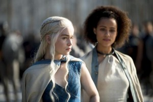 emilia-clarke-as-daenerys-targaryen-nathalie-emmanuel-as-missandei_photo-macall-b-polay_hbo