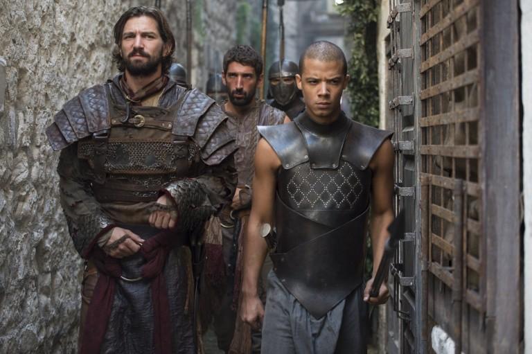 Daario nargue Ver Gris dans une scène coupée du DVD de la saison 5 de Game of Thrones